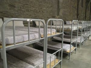 roncesvalles albergue low camino costs
