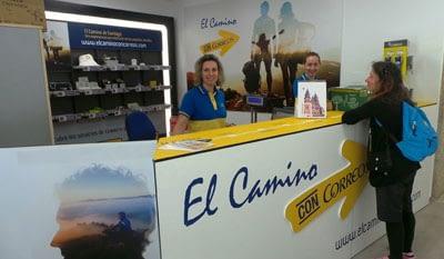 Correos desk for pilgrims pack transport