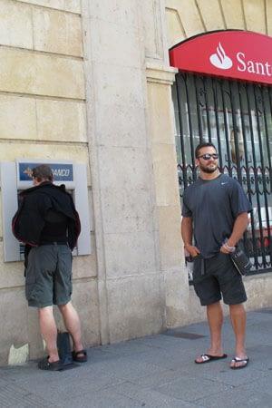 Camino costs atm at Santander bank