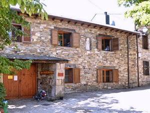 Gaucelmo Albergue Camino Accommodation Rabanal del Camino